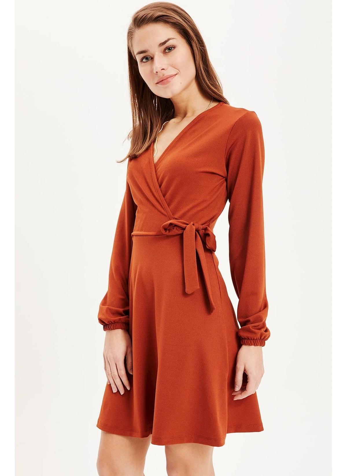 Defacto Kruvaze Yaka Uzun Elbise L0147az19spbn358elbise – 69.99 TL